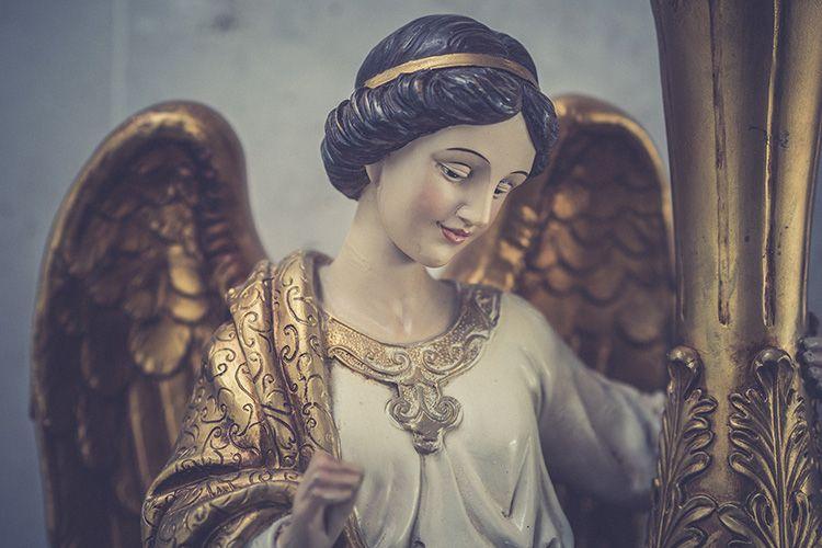 Portavelas con ángel detalle
